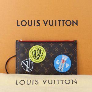 💎✨NEW✨💎 Wristlet Louis Vuitton